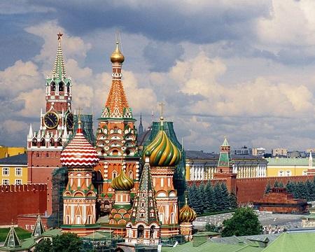 Новым символом Москвы станет торт