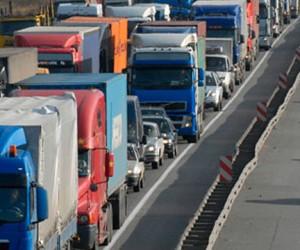 С февраля МКАД в дневное время будет свободна от грузовиков