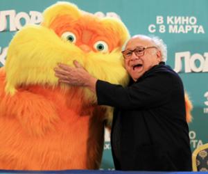 В Москве Дэнни Де Вито представил мультфильм «Лоракс»