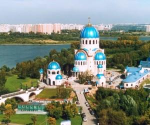 Ресин хочет увеличить вдвое число столичных православных храмов