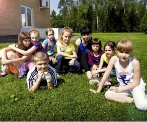 В Москве стартовала электронная система записи детей на летний отдых