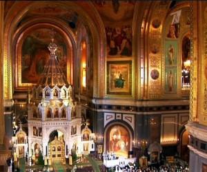 Из Храма Христа Спасителя собираются изгонять торговцев через суд