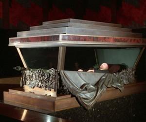 Мединский намерен сделать из Мавзолея посещаемый музей, Ленина захоронить