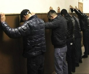 На Кутузовском задержаны два внедорожника с вооружёнными москвичами и чеченцами