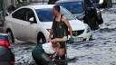 В результате вчерашнего ливня троих москвичей убило молнией