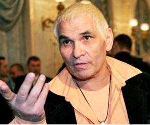 Полиция задержала женщину, обокравшую Бари Алибасова