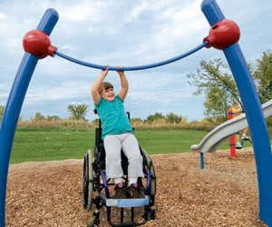 В Москве будут строить детские площадки для инвалидов