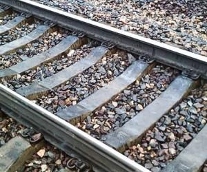 В Подмосковье, на глазах у друзей, трёх девушек задавил поезд
