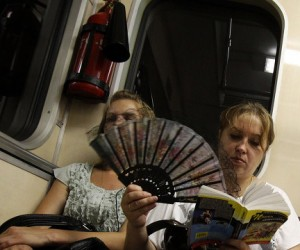 Температура воздуха в столичном метро опять превышает норму