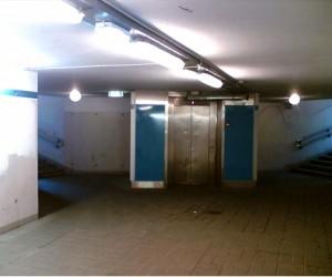 Московские подземные переходы оборудуют лифтами для инвалидов