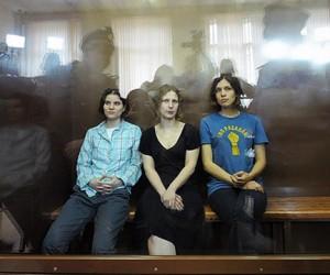 Девушки из Pussy Riot были приговорены к двум годам заключения, каждая