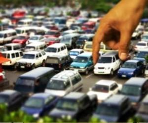 Бесплатно парковаться в центре Москвы смогут лишь владельцы жилья в ЦАО
