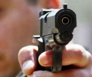 В Москве неизвестными была обстреляна группа мужчин, один из них погиб