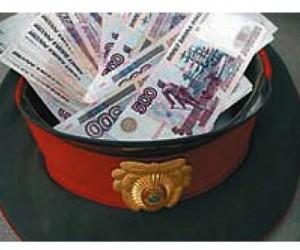 Столичный следователь вымогал 200 тыс. руб. у гражданина Эквадора