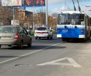 В понедельник в столице начали действовать ещё 4 выделенные полосы