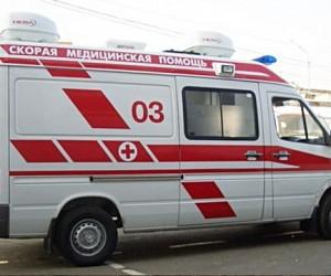 Иномарка сбила на тротуаре женщину с грудным ребёнком на севере Москвы