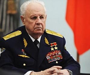 В Москве скончался маршал авиации Александр Ефимов