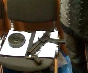 В подмосковной Балашихе недовольный клиент кафе застрелил из карабина первого встречного
