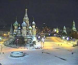 Женщина на джипе прокатила подругу по Красной площади