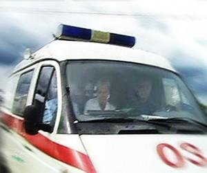 В Москве столкнулись 8 легковых автомобилей и 2 троллейбуса, погиб человек