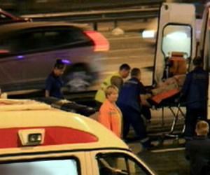 Три человека серьезно ранены во время поножовщины на МКАД в результате дорожного конфликта