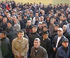 Мигрантов собираются пускать в Москву лишь по загранпаспортам