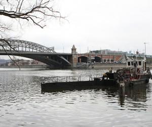 Москву-реку очистят от мусора и остатков топлива