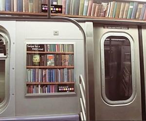 В столичной подземке собираются создать интерактивную библиотеку