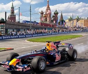 В столице пройдут гонки болидов Формулы — l