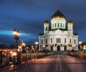 В храме Христа Спасителя в Москве оказались «прописаны» более 50 коммерческих фирм
