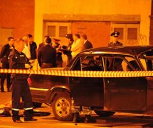 На улице Вавилова в машине взорвалась граната