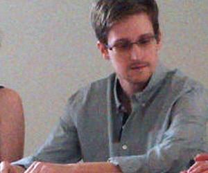 Сноуден попросил убежище в России, так как боится пыток и казни в США