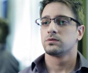 Сноуден созвал пресс-конференцию в Шереметьево вместо полета на Кубу