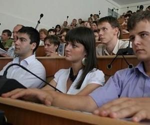 Студентам столичных ВУЗов дадут возможность заработать