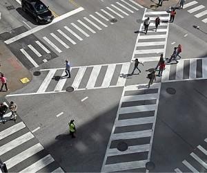 На московских дорогах скоро могут появиться диагональные «зебры»