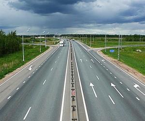 К дачам москвичей проведут 50 км дорог и электричество