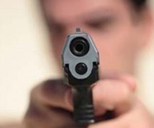 Стрельбу  у Центрального телеграфа в Москве устроили уроженцы Чечни и Ингушетии. Ранен один человек