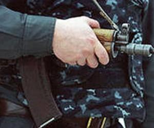 В  центре Москвы обнаружили женщину с ножевыми и огнестрельным ранениями