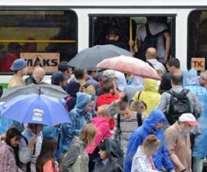 МАКС 2013, Международный авиасалон, дождь и коллапс управления