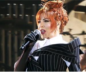 Легендарная французская певица Милен Фармер даст концерт в «Олимпийском»