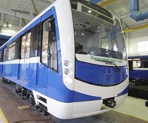 В столичном метро запустят поезда-автопилоты, а сиденья в вагонах в час пик будут убираться