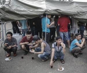 Питание одного мигранта в палаточном лагере обходится в 100 руб