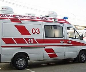 B Москве столкнулись легковушка и 2 грузовика, погибли два человека