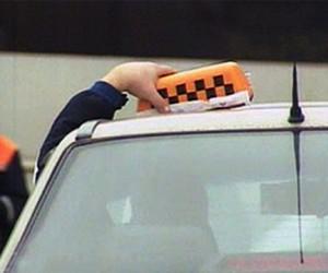 Столичных таксистов-нелегалов собираются штрафовать на 50 тыс. рублей
