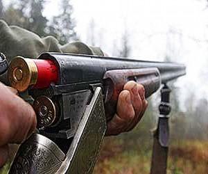 В Подмосковном лесу охотник случайно нанес знакомому смертельное ранение