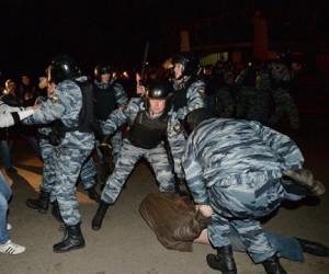 Из-за «овощной революции» в Бирюлёво мобилизовали всю столичную полицию