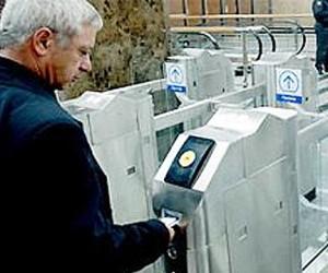 Вестибюли столичной подземки оборудуют датчиками радиации