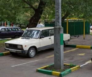 Жители Москвы не смогут парковаться во дворах