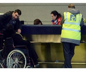Инвалиды в столичном метро смогут вызвать себе помощника с помощью кнопки