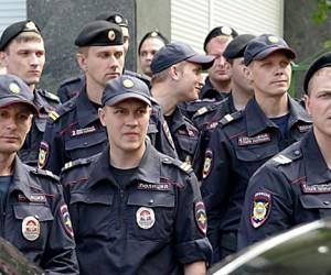 Охранять олимпийский огонь будут 18 тыс. полицейских